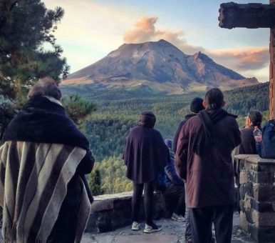LOS POEMAS DE DAICHI: 58. Fuji san — El monte Fuji